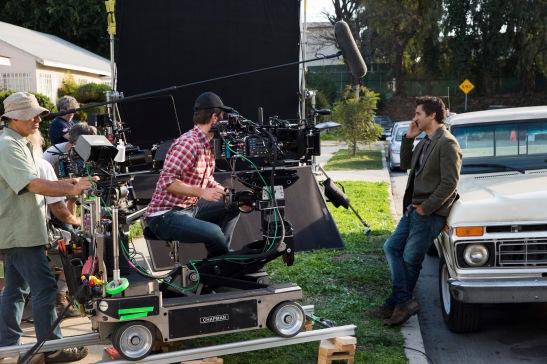 Cliff Curtis as Travis - Fear the Walking Dead _ Season 1, Episode 1 _ BTS - Photo Credit: Justin Lubin/AMC